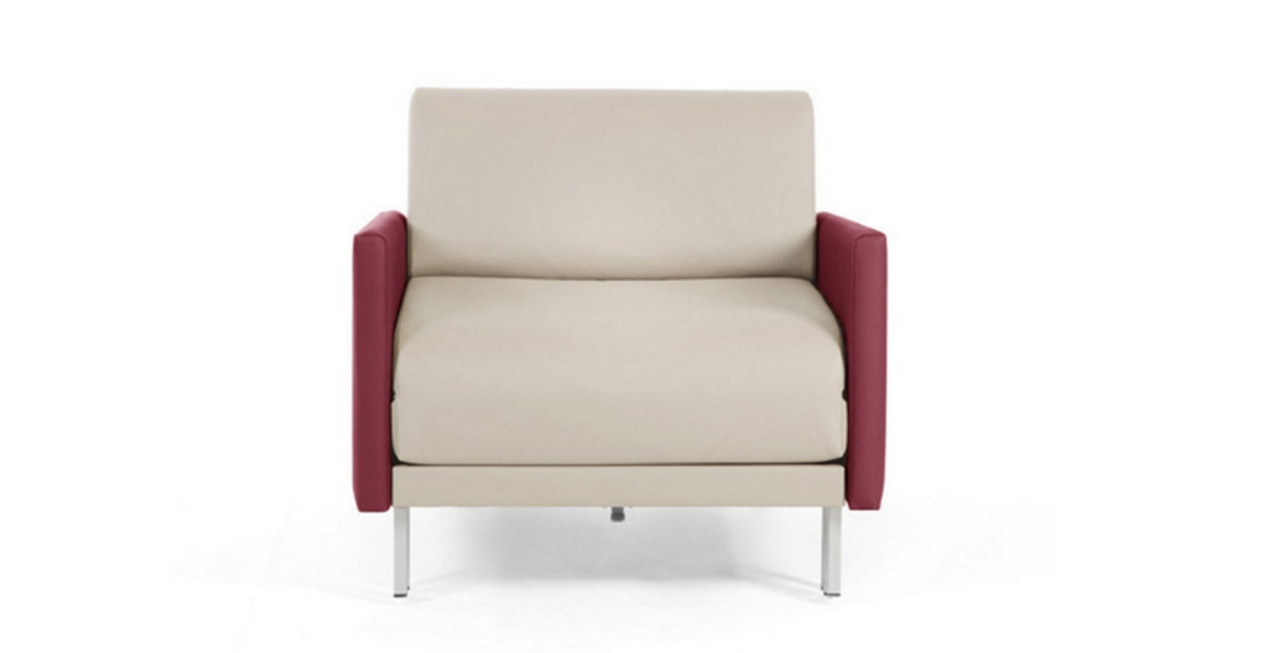fauteuil Likoolis creme accoudoirs rouge